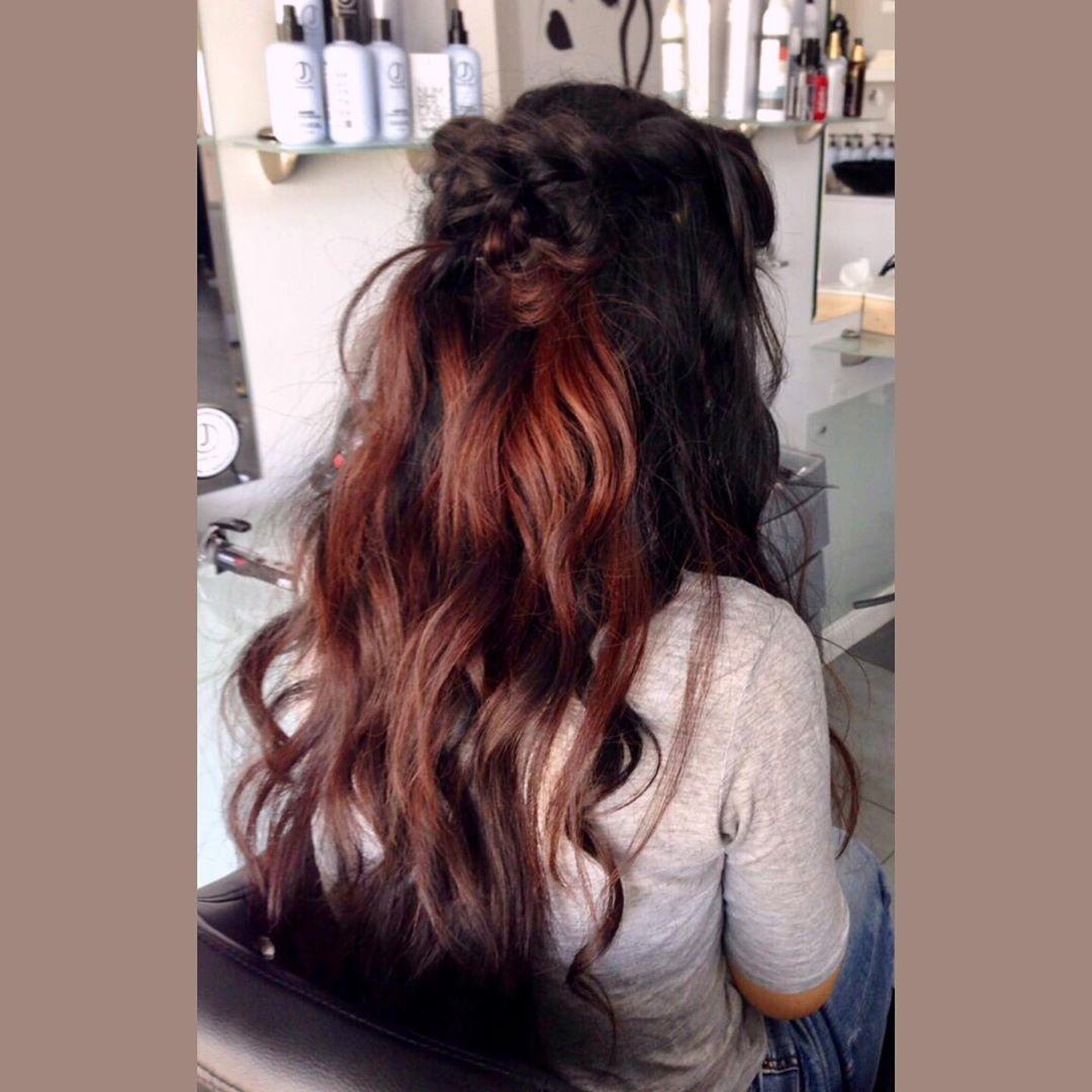 fryzury na wesele rozpuszczone włosy