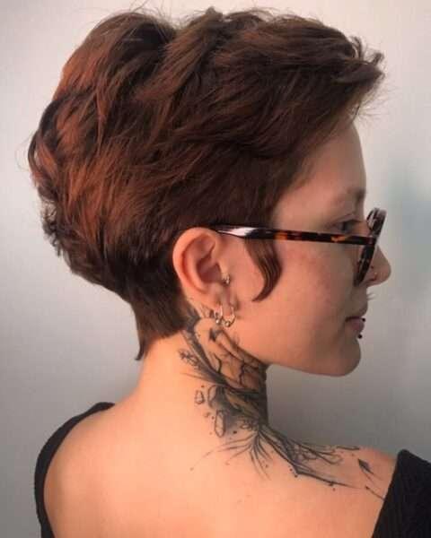 pixie cut dla gęstych włosów