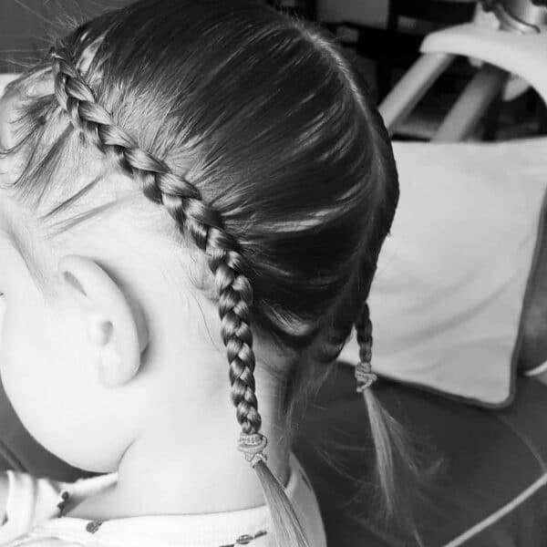 fryzury krótkie dla dziewczynek