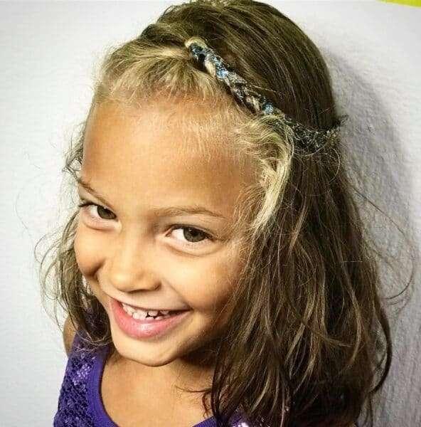 proste fryzury dla dziewczynki