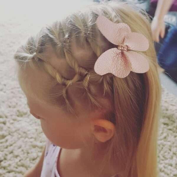 fryzury dla dziewczynek krótkie