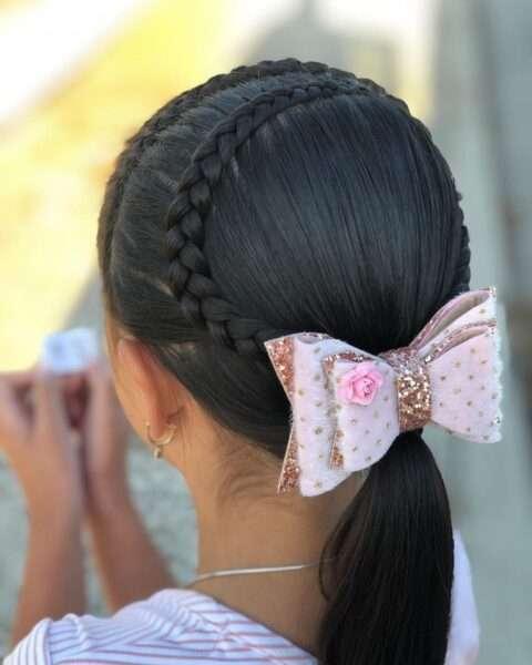 fryzury dla dziewczynek do szkoły