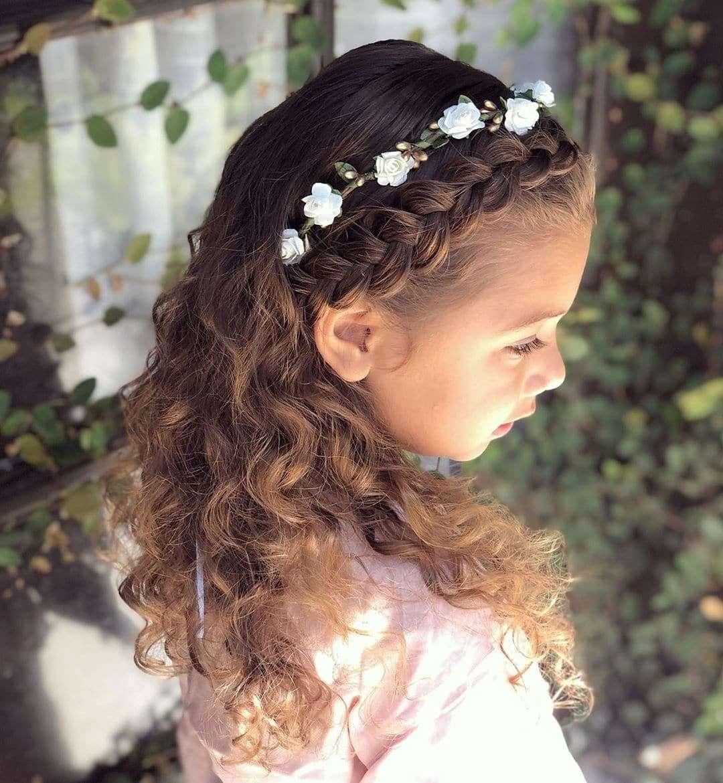fryzury na komunię dla dziewczynek