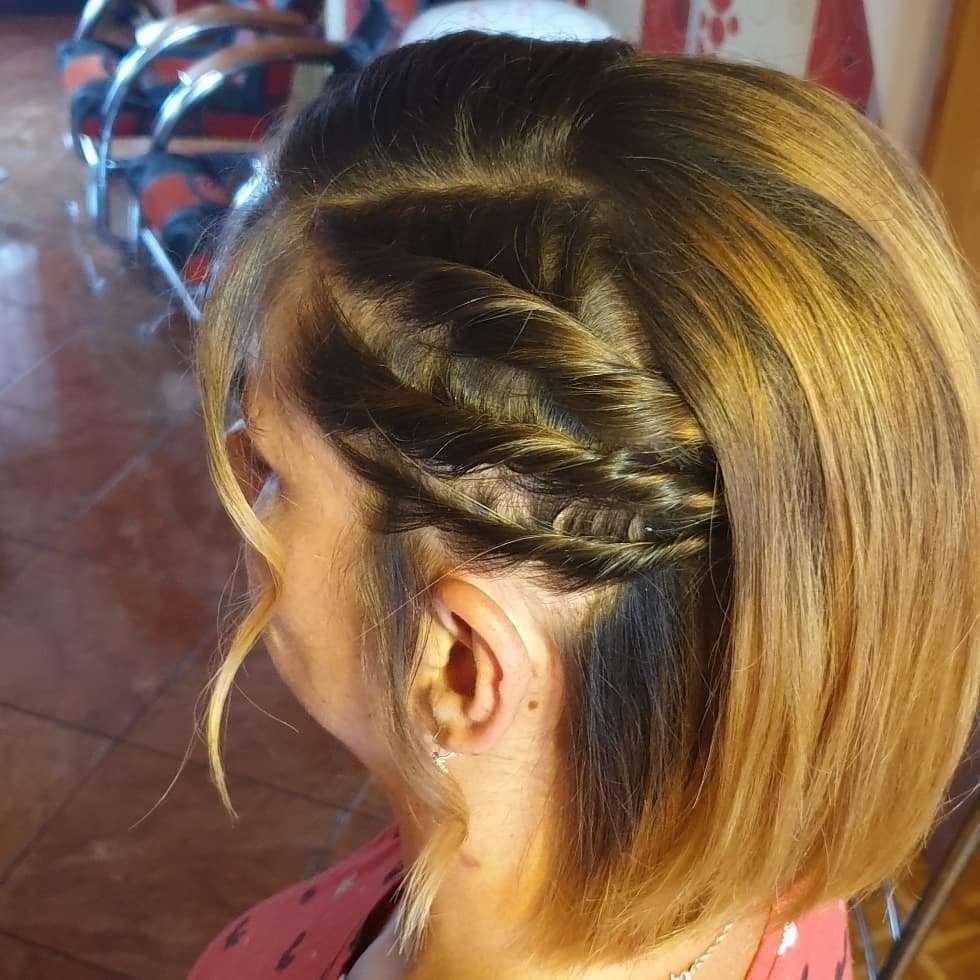 fryzury na wesele krótkie włosy