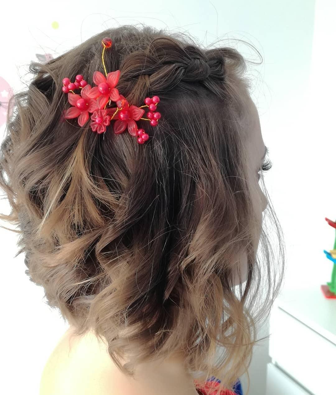 fryzury na wesele z krótkich włosów
