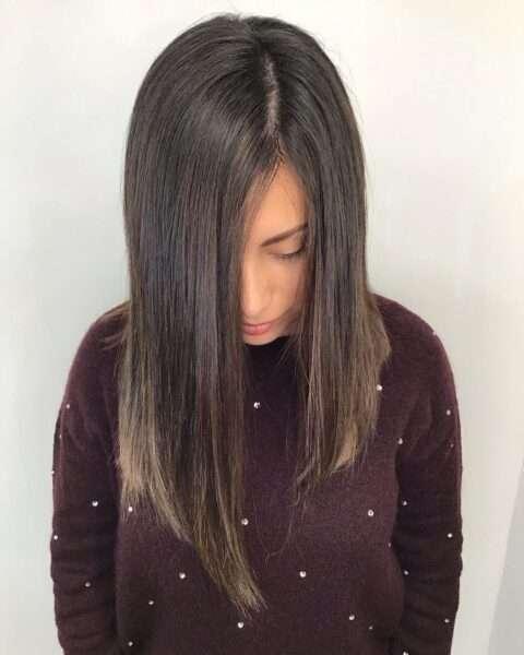 włosy do ramion równe