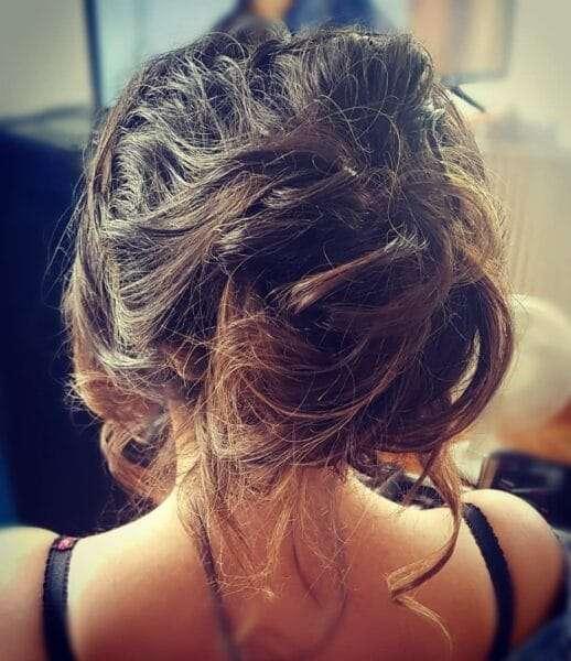 fryzury damskie do ramion