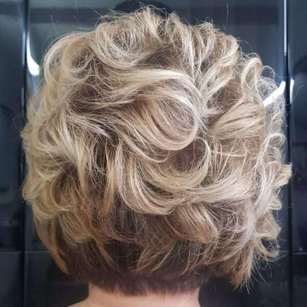 fryzura krótkie loki