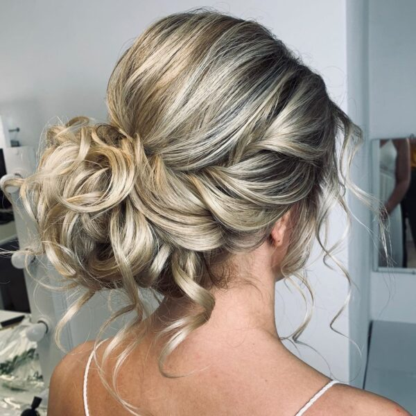 peinados boda media melena flequillo