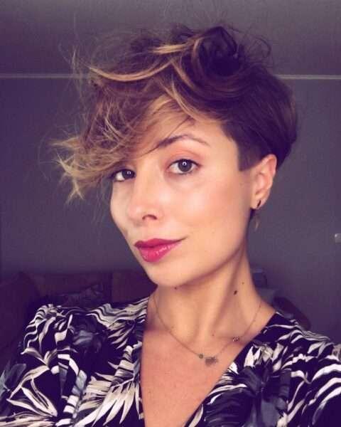 pelo muy corto