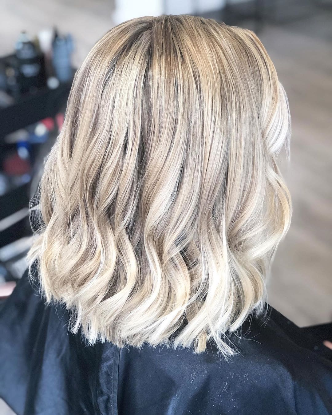 Najlepsza krótka fryzura dla cienkich włosów
