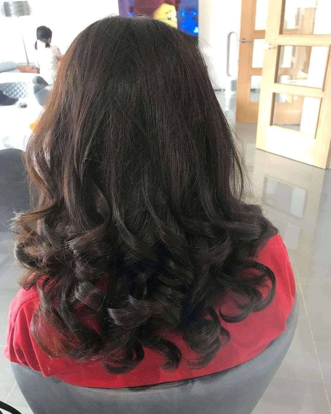 fryzura loki rozpuszczone