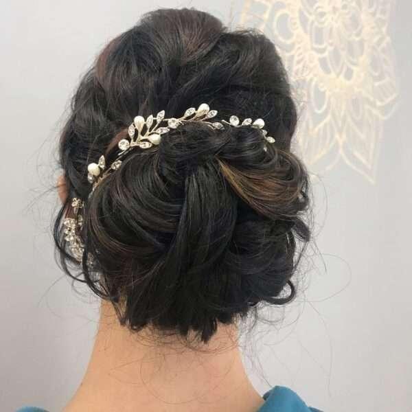 peinados pelo rizado media melena boda