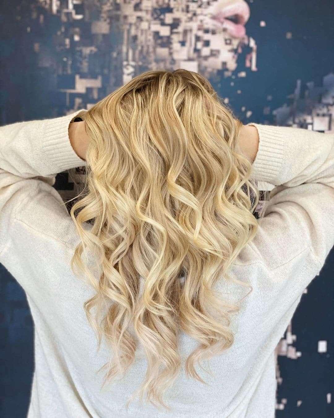 fryzura wieczorowa loki