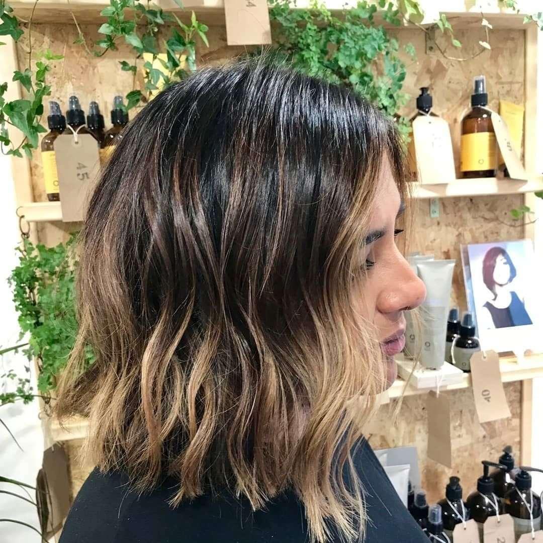 fryzura na bok loki