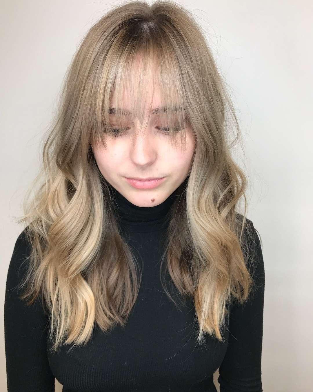 włosy długie z grzywką