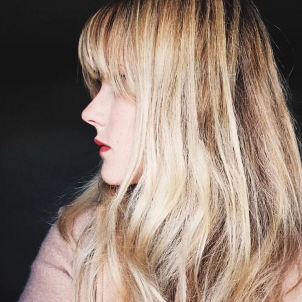 peinado largo con capas largas