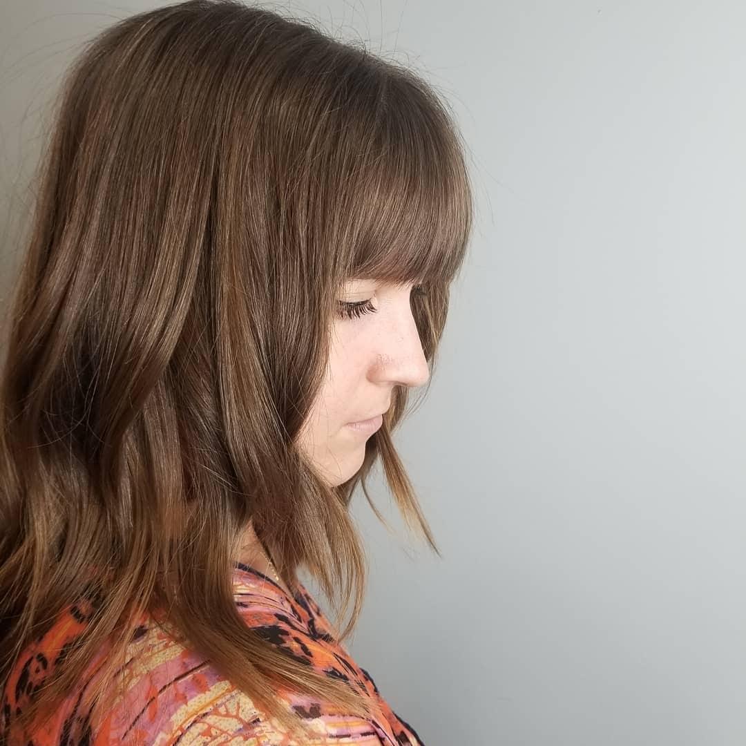 fryzury z grzywką długie włosy