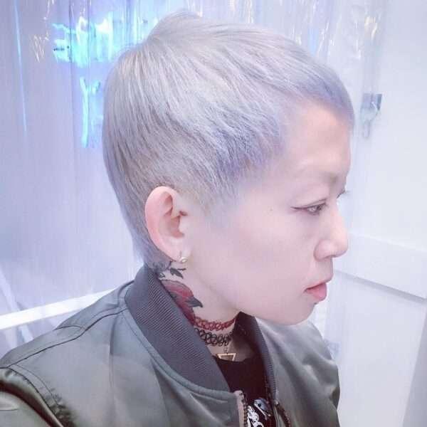 peinado desigual con estilo