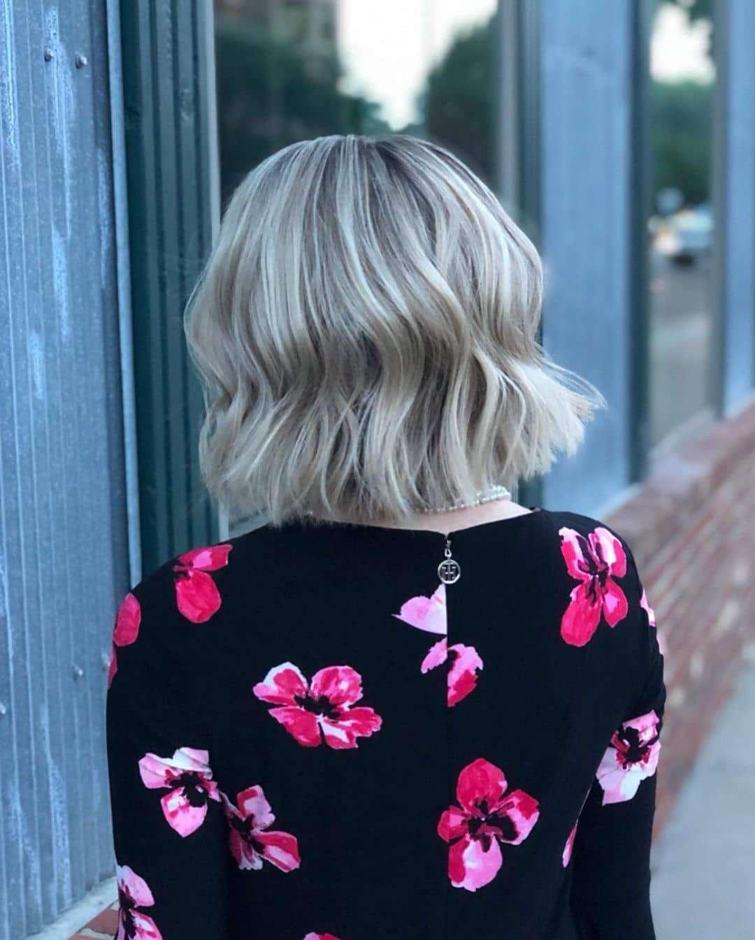 krótkie blond fryzury galeria
