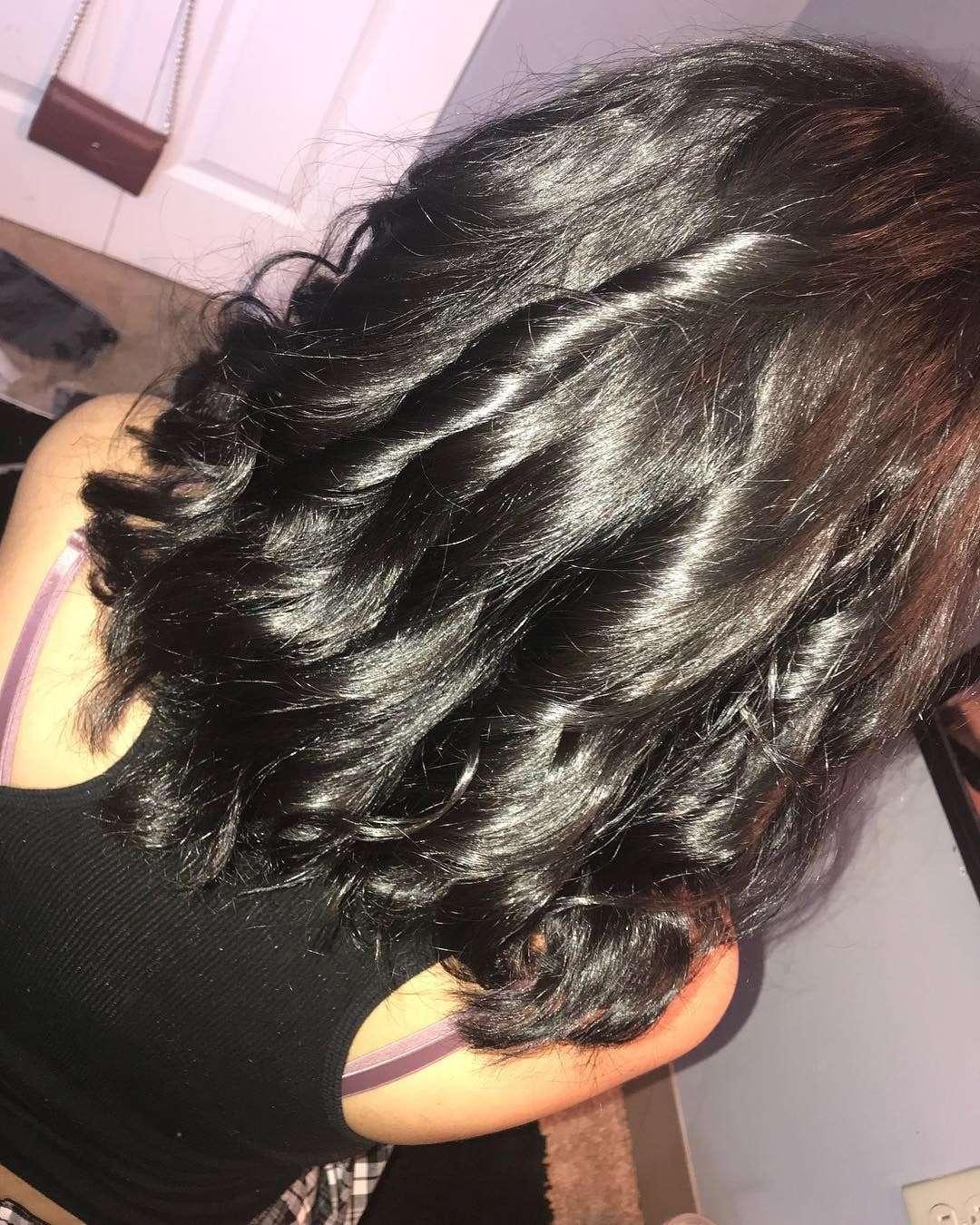 fryzury na impreze długie włosy