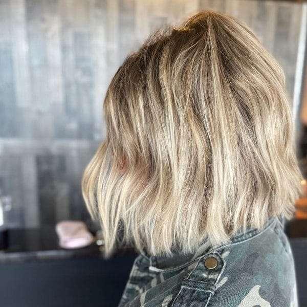 krótkie fryzury blond galeria