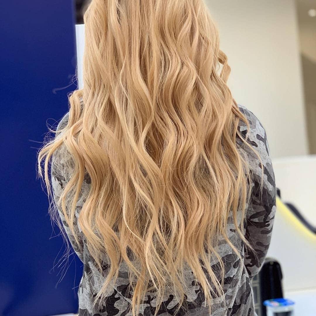 fryzury na wesele 2018 długie włosy