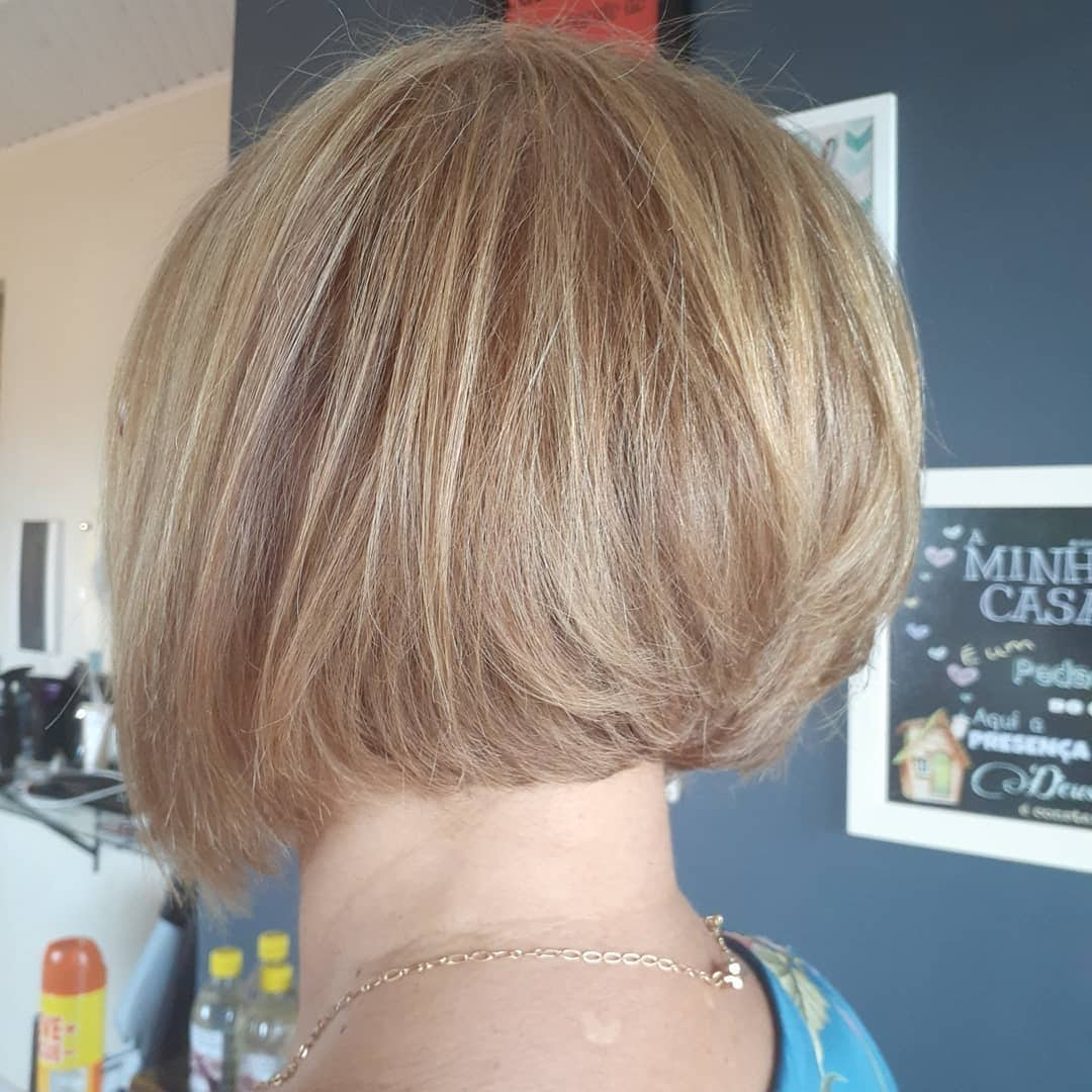 fryzury krotkie blond