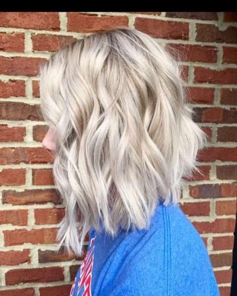 fryzury blond krotkie