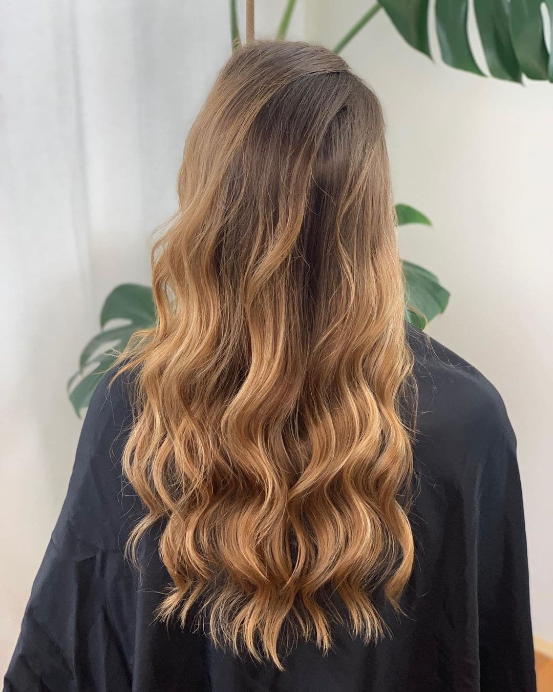 fryzury ślubne długie włosy loki