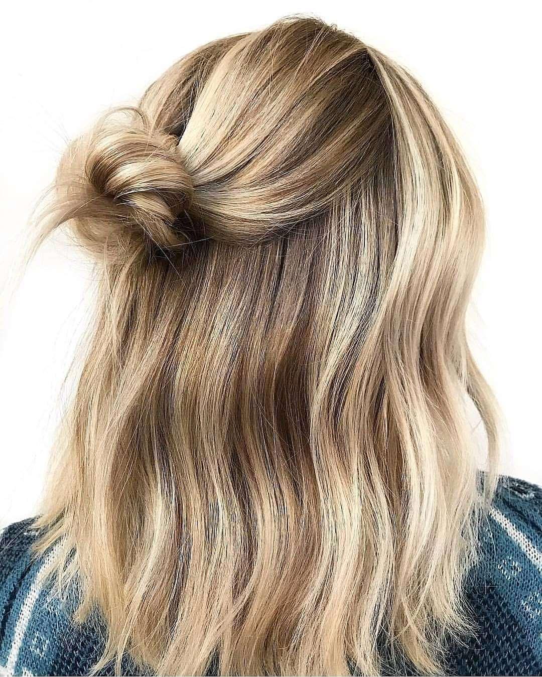 krotkie fryzury blond zdjecia