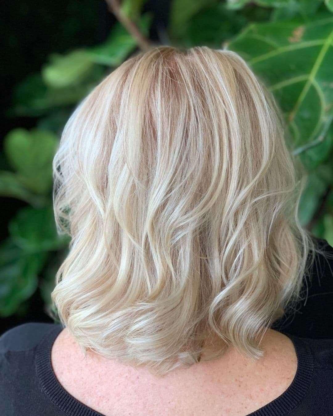 blond fryzury krótkie