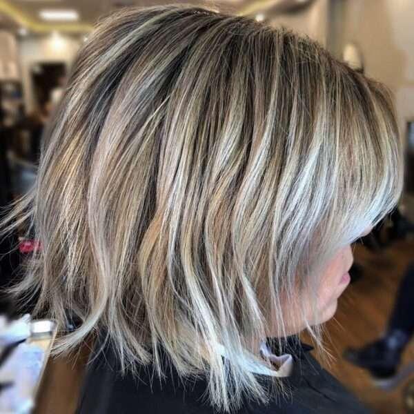 krótkie blond fryzury