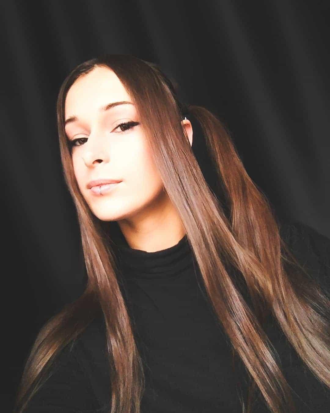 fryzury dla dziewczynek długie włosy