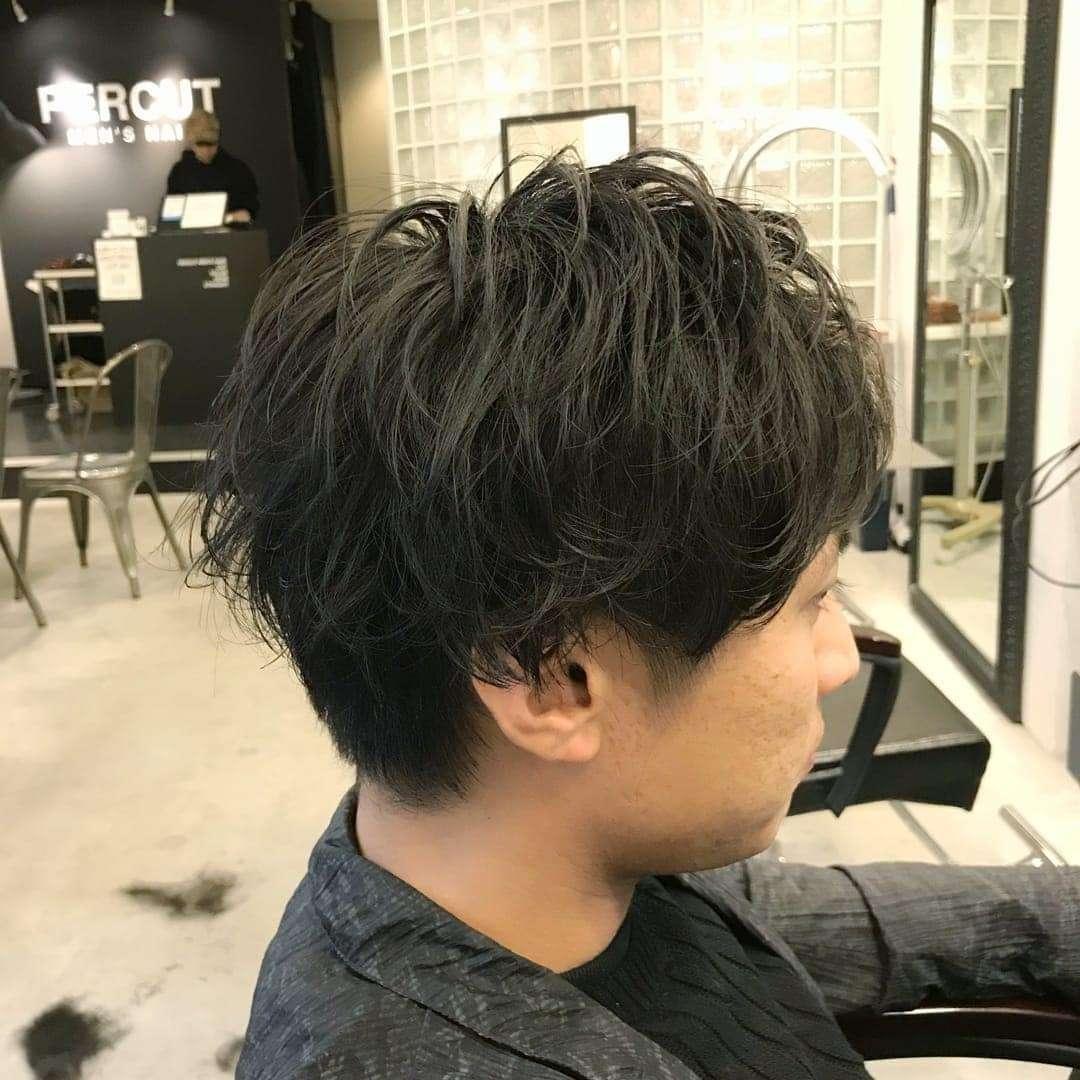 długie włosy męskie fryzury