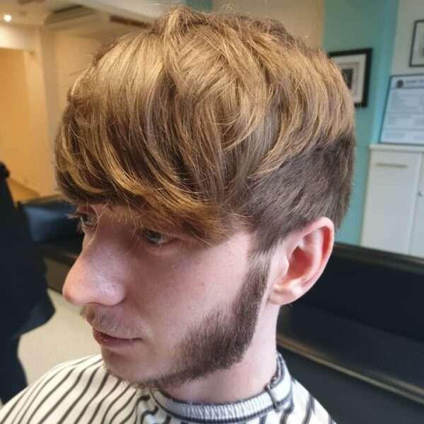 fryzury męskie na bok długie