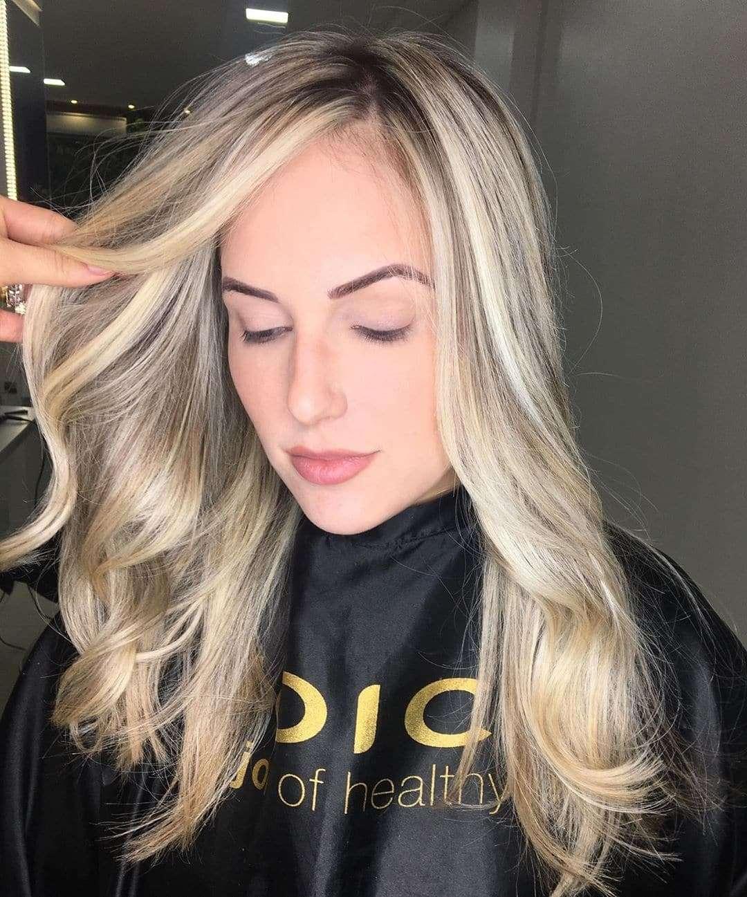 krótkie fryzury ombre blond