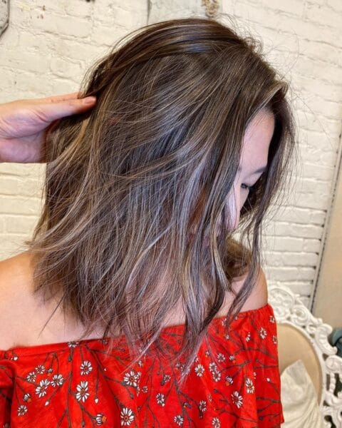 fryzura dla gęstych włosów