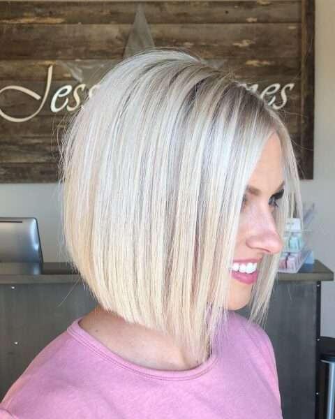 Bob w kolorze czystego blondu