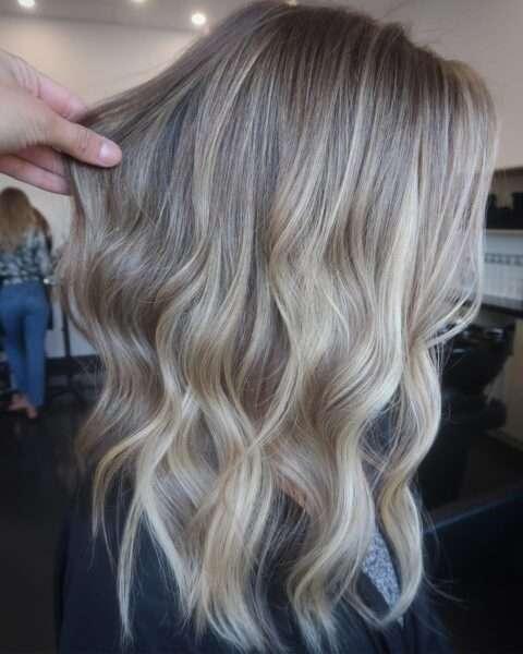 Perfekcyjnie teksturowane cienkie włosy