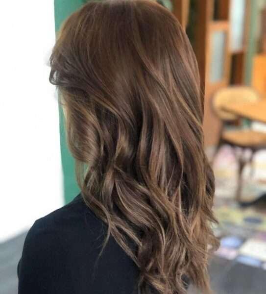 fryzury na średnie włosy