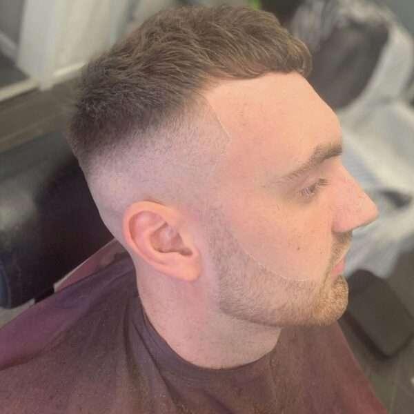 krótkie fryzury męskie