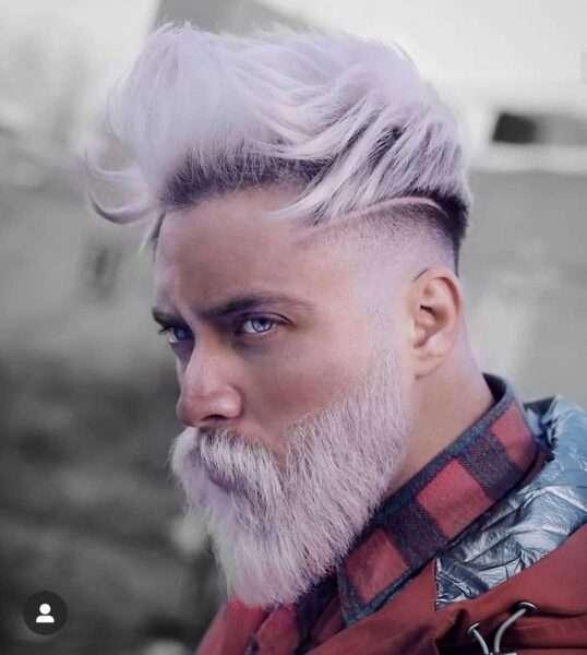 fryzura na bok męska