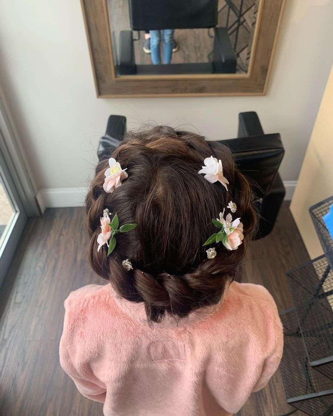 fryzury na komunię świętą