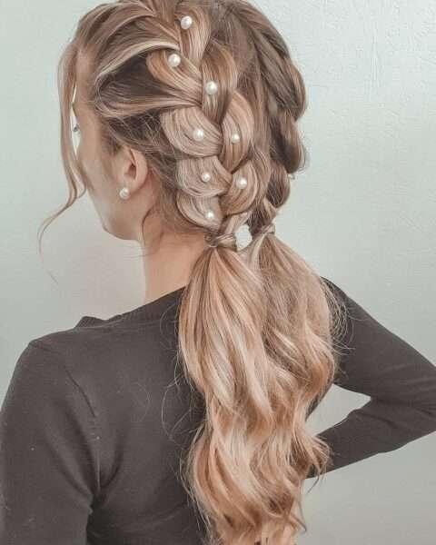 fryzury z warkoczem dobieranym
