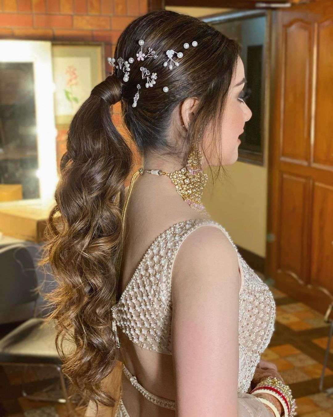 fryzura na wesele kucyk