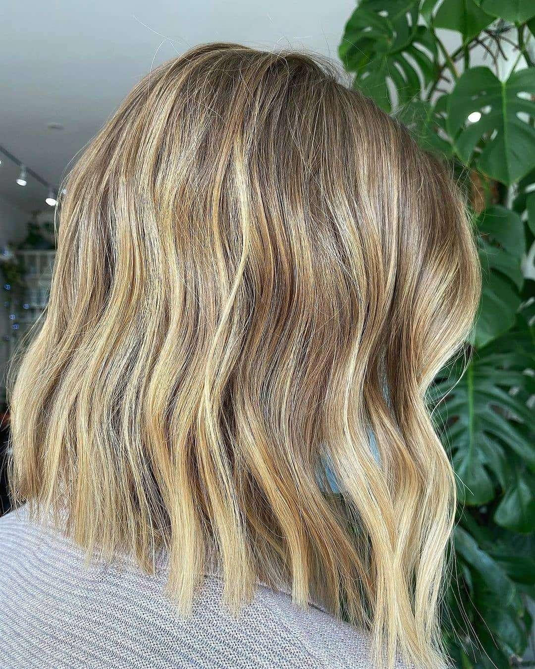 fryzury dla cienkich włosów do ramion