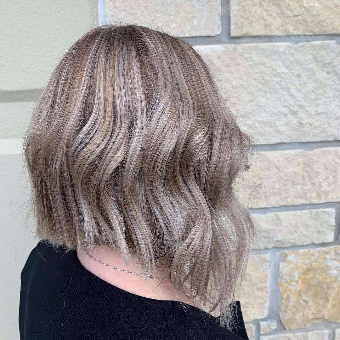 fryzura dla cienkich włosów do ramion