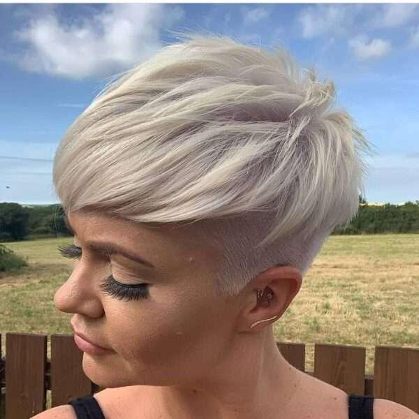 corte de pelo fácil y lados afeitados