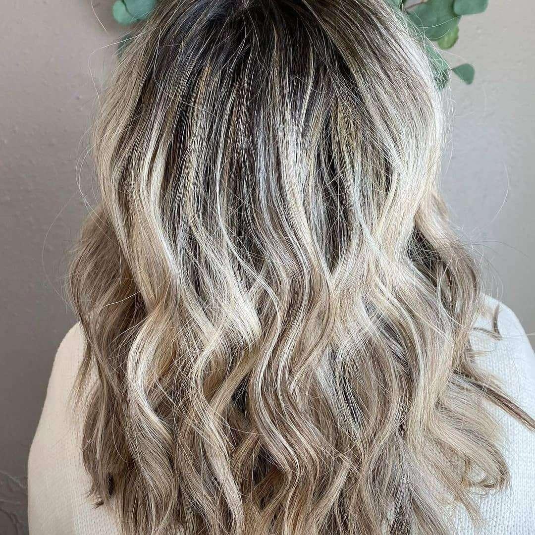 krótkie fryzury dla cienkich włosów i okrągłej twarzy